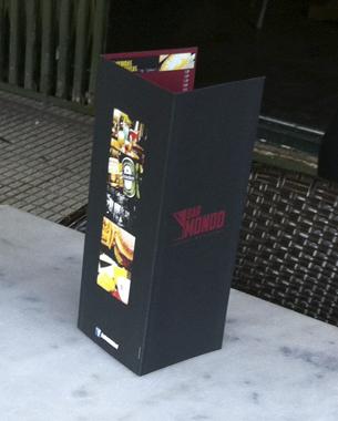 nueva imagen del bar mondo; con la creación de un nuevo logo y  con el diseño e impresión de unas nuevas cartas