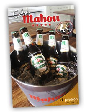 Carteles promocionales de los cubos de Mahou en el d'presion