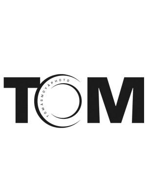 Nueva imagen corporativa para el fotógrafo Tomas Moya.